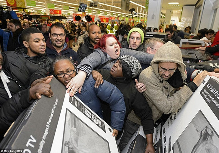 zombies_come_black_friday_03
