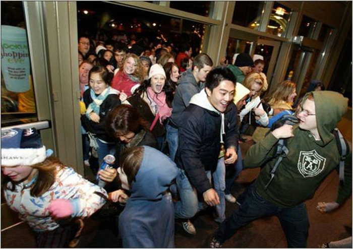 zombies_come_black_friday_12